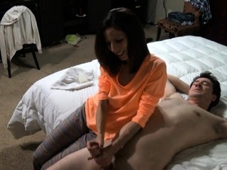Amateur squirting babe Handjob