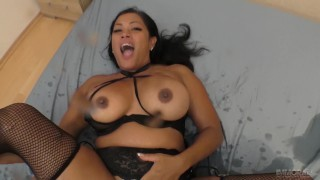 Cambodian – Canadian MILF squirting on a dick